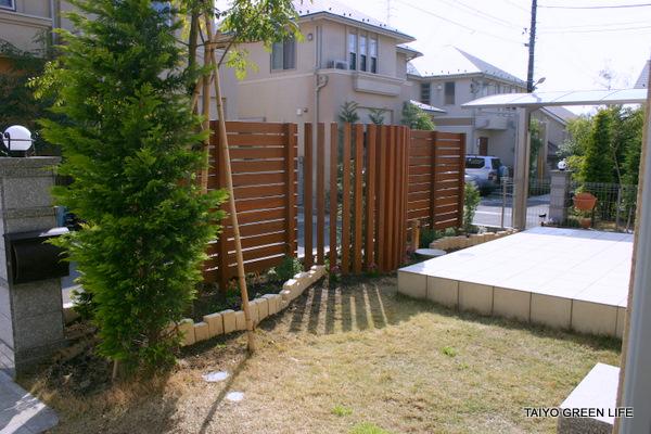 ウッドフェンスで実現するプライベートな庭 町田市